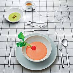 Inspired by her elegant risotto serving spoon, Sempé designed the Collo-Alto 75 Piece Cutlery Set. http://www.yliving.com/alessi-collo-alto-75-piece-cutlery-set-iso2s75.html