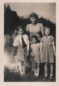 family snap - the girls, ca. 1950s. This reminds me of my sisters and me. Such good times!