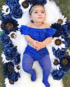Cute Baby Girl Images, Baby Girl Pictures, Cute Baby Girl Outfits, Cute Baby Clothes, Cute Little Baby, Cute Babies, 6 Month Baby Picture Ideas, Foto Baby, Newborn Baby Photography