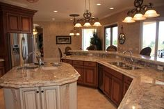 great color of granite for the kitchen