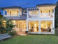 Beach House Plans, Luxury House Plans, Beach House Decor, Die Hamptons, Hamptons Style Homes, Casas California, California Coast, California Houses, Beach Cottage Style