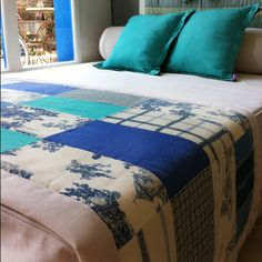 Conjunto de pie de cama más cojines #Decoración #Dormitorio #Pieceras #Cojines