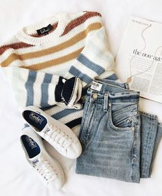 outfit with jeans Charli Blue Multi Striped Knit Sweater Charli Blauer, gestreifter Strickpullover - Teen Fashion Outfits, Outfits For Teens, Look Fashion, Winter Outfits, Womens Fashion, Summer Outfits, Outfits 2016, Fashion Pics, Knit Fashion