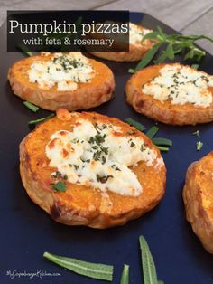 Pumpkin pizzas with feta and rosemary - suitable for people who are #lowcarb, #paleo or #vegetarian --> MyCopenhagenKitchen.com