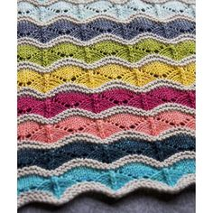 It was so much fun choosing colors from my @tanisfiberarts stash for this Bounce blanket! It was a very well received gift for my cousins new baby, all the details on the blog today! #bounceblanket #tanisfiberarts #stripesforever