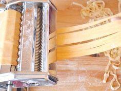 Házi tészta recept lépés 4 foto Office Supplies