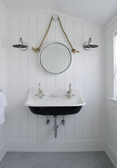 A Classic  Nantucket Beauty from Threshold Interiors | Design Chic