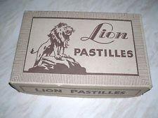 """GENUINE,VINTAGE,"""" LION """" 7lb """"MIXED PASTILLES"""" 32p Qtr, ADVERTISING BOX."""