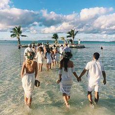 Good morning, have a great day everyone x . . . . .  #ivorysoul #weddingdress #comingsoon #comingsoon2017  #swoon #goals #portstephens #newcastle #huntervalley  #newcastlewedding #huntervalleywedding #portstephenswedding  #weddingnsw #bridal #bride #groom #huntervalley #wedding #weddingdetails #weddingstyle #weddingdecor #weddinghire #weddingvibes #weddingtime #dreamwedding #futuremrs #engaged #weddingplanning #fiance #weddingcake #weddinginspo…