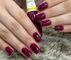 Having short nails is extremely practical. The problem is so many nail art and manicure designs that you'll find online Sexy Nails, Cute Nails, Pretty Nails, Burgundy Nails, Perfect Nails, Nail Polish Colors, Short Nails, Nail Arts, Manicure And Pedicure
