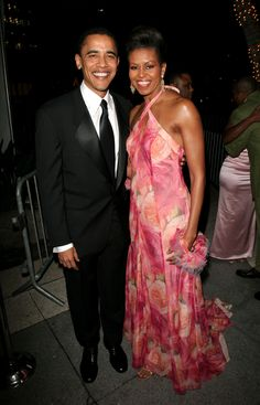 Barack And Michelle Obama, (AP) - SpongeBob or cable TV news? It's apparently not a hard choice for Malia and Sasha Obama. President Barack Obama says his and . Michelle Et Barack Obama, Barack Obama Family, Michelle Obama Fashion, Obamas Family, Obama President, Black Presidents, American Presidents, Presidents Usa, American History