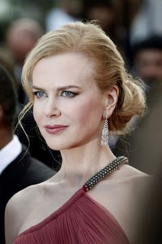 Nicole Kidman at Cannes - like a Princess..
