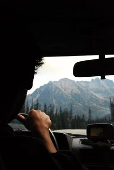 I can only imagine living where the mountains are always in front of you and behind you while driving <3