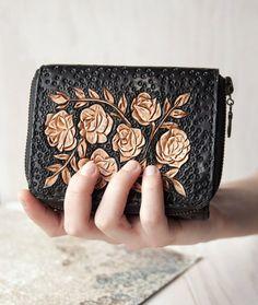 Wallet women zipper Minimalist travel wallet zip Women's leather thin wallet Small handmade coin purse wallet Card-holder zipper wallet