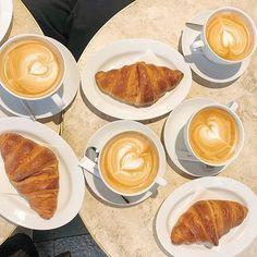アニヴェルセルカフェ表参道 公式さん(@anniversaire_cafe) • Instagram写真と動画 Pancakes, French Toast, Breakfast, Instagram, Food, Morning Coffee, Essen, Pancake, Meals