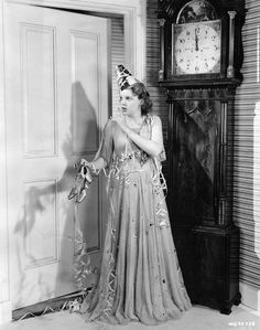 thehulotuniverse: A happy New Year& Judy Garland Old Hollywood Glamour, Golden Age Of Hollywood, Hollywood Stars, Classic Hollywood, Judy Garland Liza Minnelli, Divas, Vintage Happy New Year, Vintage Holiday, Weird Vintage