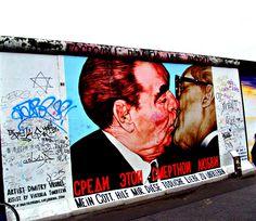 Berliner Mauer Eastside Gallery  Berlin Wall