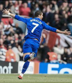 Cristiano Ronaldo Manchester, Cristiano Ronaldo 7, Manchester City, Manchester United, Ronaldo Pictures, Xabi Alonso, Retro Football, Football Pictures, Fa Cup