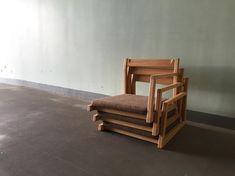 Yuta Fuki 杢さんはInstagramを利用しています:「『legless chair』 先日、ソファと一緒に納品した座椅子。 日本ならではの家具なのかな? 何れにせよ、誇れるもの。 #座椅子 #椅子作り #家具屋 #無垢家具 #神戸 #木工 #オーダー家具 #家具作り #woodworking #woodwork…」