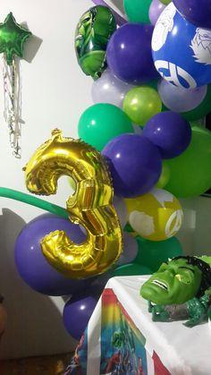 Fiesta motivo hulk con arco organico Hulk, Birthday Candles, Arch, Party