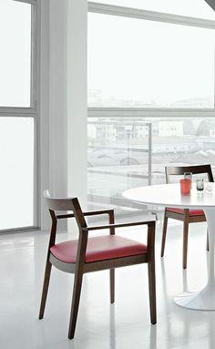 Krusin Chair, Knoll