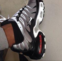 Sneakers Nike Style Sports 56 Ideas - Sneakers Nike - Ideas of Sneakers Nike - Sneakers Nike Style Sports 56 Ideas Nike Fashion, Sneakers Fashion, Shoes Sneakers, Mens Fashion, Air Max Sneakers, Jordans Retro, Baskets Nike, Hype Shoes, Sneaker Heels
