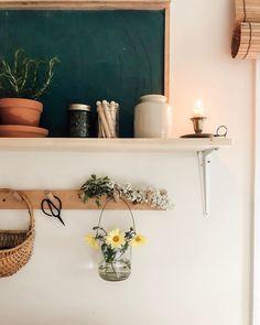 Souvenir of the island ✨ Big Living Rooms, Home And Living, Simple Living, Rupi Kaur, Bungalows, Interior And Exterior, Interior Design, Home Board, Dream Decor