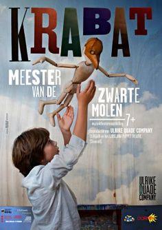 kindervoorstelling poster foto & illustraties gaan in elkaar op; typografie in ontwerp verweven; collage achtige stijl