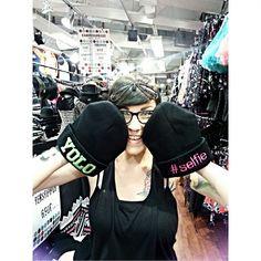Kampituspäivä osa 2/5 pulkassa, huomenna jatkuu taas! ♡ @lempikerttu #kampituspäivät #ale #sale #beanie #specialprice #yolo #selfie #havingfun #funny #piercing #piercedgirls #septum #tattoo #tattooedgirls #ink #inkedgirls #cybershop #cybershopkamppi #kamppi Selfie, Hats, Instagram Posts, Fashion, Moda, Hat, Fashion Styles, Fashion Illustrations, Hipster Hat