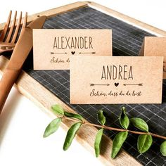 "So bringst du die Stimmung an deiner Hochzeit mit Einwegkameras in Schwung ""Nice that you're here!"" - This way every guest finds his place . Wedding Name Cards, Wedding Tags, Diy Wedding, Rustic Wedding, Diy Pinterest, Wedding Pinterest, Glitter Wedding Invitations, Wedding Invitation Wording, Wedding Themes"