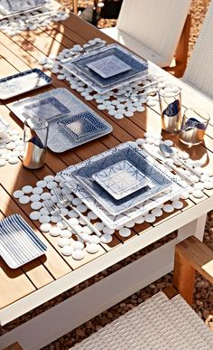 A mix of geometric patterns, expressed in cool blues and whites. Seaside Decor, Coastal Decor, Modern Outdoor Living, Appetizer Plates, Geometric Patterns, Pattern Mixing, Serveware, Coastal Living, Dining Rooms