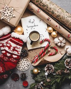 Christmas Aesthetic for Home – Cozy Xmas Decorations Ideas. Looking for inspiration and a great mood with Christmas aesthetic ideas? Save my collection of these Christmas tree ideas, Xmas lights aesthetic, wallpaper and cozy home decorations. Christmas Feeling, What Is Christmas, Noel Christmas, Christmas Photos, Winter Christmas, Vintage Christmas, Christmas Ideas, Europe Christmas, Christmas Wreaths