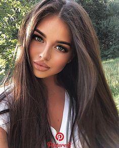 instagram makeup products Brunette Beauty, Brunette Hair, Hair Beauty, Gorgeous Hair Color, Pinterest Hair, Wedding Pinterest, Pinterest Makeup, Brown Hair Colors, Brown Hair Green Eyes