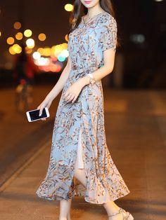 Round Neck Slit Floral Printed Maxi Dress-Berrylook #cheapmaxidresses #longmaxidresses