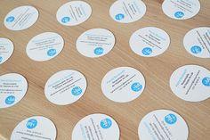 CARTE DE VISITE RONDE POUR la Banque de France, une carte de visite qui roule ... Bullet Journal, Marketing, Creative Business Cards, Deceit