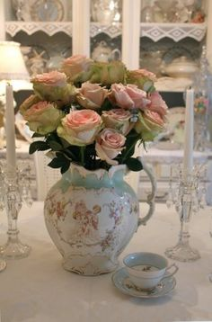Vintage china and roses, is there a better combination? My idea of perfection. Will do!