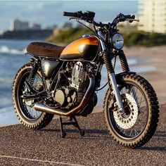 Take a look at many of my most desired builds - specialized scrambler builds like Harley Davidson Scrambler, Sr 500, Yamaha Sr400, Small Motorcycles, Classic Car Insurance, Cafe Racer Motorcycle, Cool Cafe, Bobber, Honda