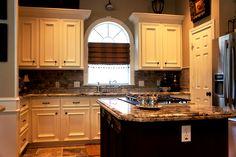 Complete Kichten Remodel. Custom Cabinets, Granite Countertops, Travertine Tile flooring, Travertine Backsplash