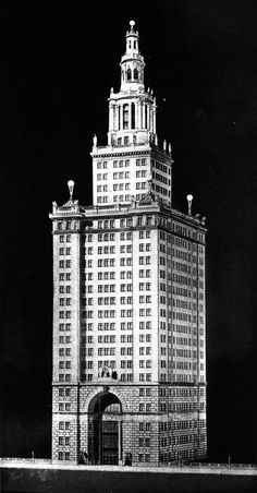 Archive of Affinities Wight & Wight, Entry to the Chicago Tribune Tower Competition, 1922