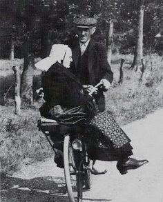 gezellig samen op de fiets! TRUE LOVE !!♥ after all these years !♡