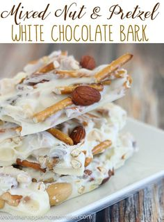 Amazing Mixed Nut & Pretzel White Chocolate Bark Recipe-it's going to be my go-to for holiday entertaining and gifting this winter! Christmas Cooking, Christmas Desserts, Christmas Bark, Vegetarian Chocolate, Chocolate Recipes, Chocolate Food, Candy Recipes, Sweet Recipes, Dessert Recipes