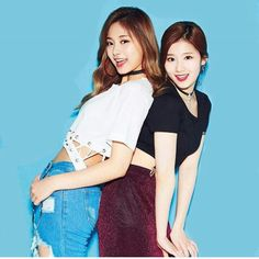 Twice Tzuyu and sana= SaTzu Nayeon, Kpop Girl Groups, Korean Girl Groups, Kpop Girls, Tzuyu And Sana, Twice Group, Warner Music, Sana Momo, Sana Minatozaki