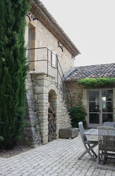67 Trendy Old Stone Stairs Architecture Wrought Iron Stairs, Building Stairs, Stone Stairs, Exterior Stairs, Stairs Architecture, Le Havre, Level Homes, House Stairs, Mediterranean Homes