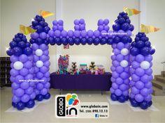Castillo de globos Malefica