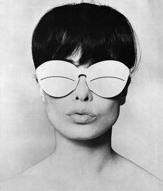 Sondra Petersen in Courréges sunglasses, Vogue, 1965 (Peter Knapp) via 1972projects