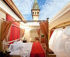 イタリアのラルベレータ(L'Albereta)。(c)Relaxnews/Relais & Châteaux - Albereta ▼6Aug2014AFP 星空の下で眠れるホテル http://www.afpbb.com/articles/-/3022470 #LAlbereta