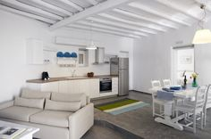 Suite. House #8  welcome@leonis.gr  www.leonis.gr  Leonis Summer Houses Mykonos Greece