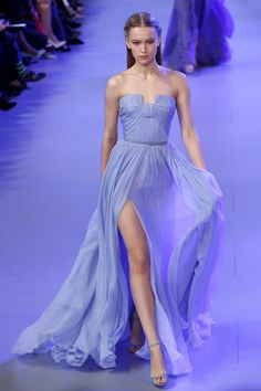 I can't stop myself when it comes to Elie Saab. His stuff is incredible