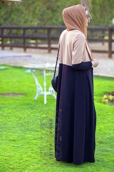 Hijab Fashion 2016/2017: Two-tone Jacket | ANNAH HARIRI | ANNAH HARIRI  Hijab Fashion 2016/2017: Sélection de looks tendances spécial voilées Look Descreption Two-tone Jacket | ANNAH HARIRI | ANNAH HARIRI