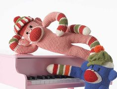 Monkey pattern (free) from Patons.  Free registration required to download pattern.